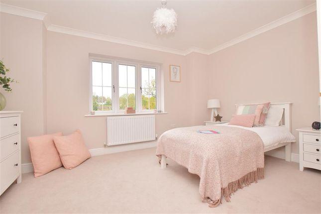 Thumbnail Detached house for sale in Boxford Close, South Croydon, Surrey