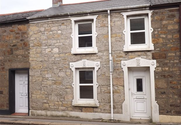 Thumbnail Terraced house to rent in Centenary Street, Camborne
