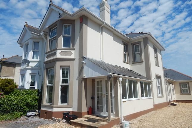 Thumbnail Flat to rent in Westhill Road, Torquay