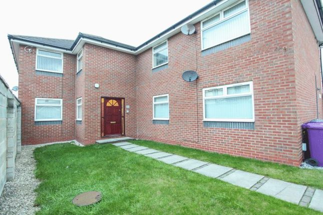 Thumbnail Flat to rent in Topaz Close, Walton, Liverpool