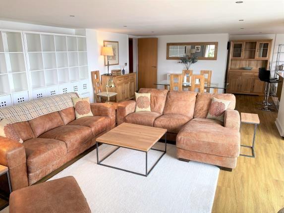 Lounge Reverse Angle
