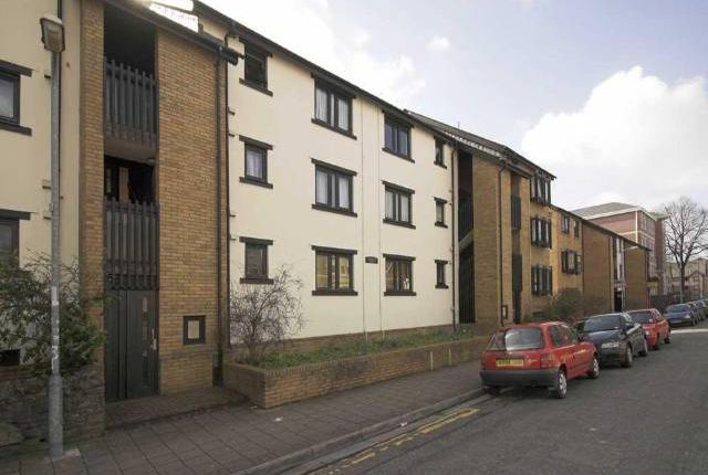 Thumbnail Flat to rent in St. Peters Street, Roath, Cardiff