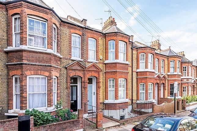 Thumbnail Terraced house to rent in Iveley Road, London