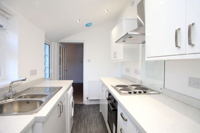 Thumbnail Terraced house to rent in Parkwood Road, Tavistock