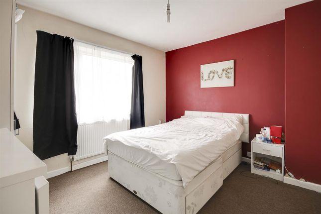 21204 of Torbay Crescent, Bestwood, Nottinghamshire NG5