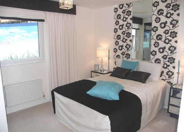 Thumbnail Flat to rent in Trout Road, Yiewsley, West Drayton UB7, West Drayton,