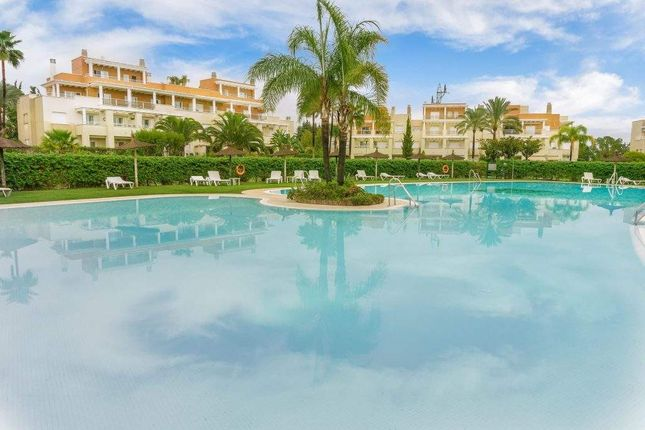 Penthouse for sale in Estepona, Estepona, Spain