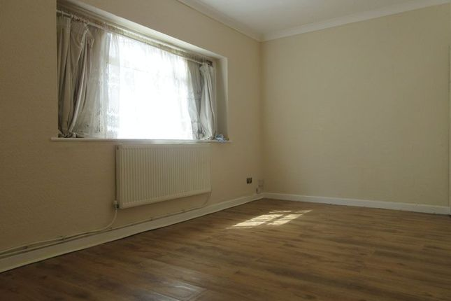 Thumbnail Property to rent in Arnhem Drive, New Addington, Croydon