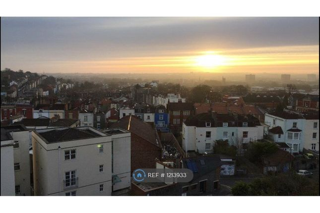 2 bed flat to rent in Springfield Road, Bristol BS6