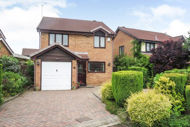Thumbnail Detached house for sale in Yelverton Close, Bloxwich, Walsall