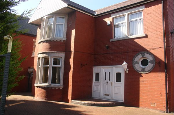 Thumbnail Detached house to rent in Warbreck Hill Road, Bispham