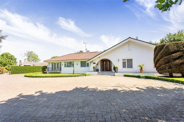 Thumbnail Detached bungalow for sale in Lands End, Elstree, Hertfordshire