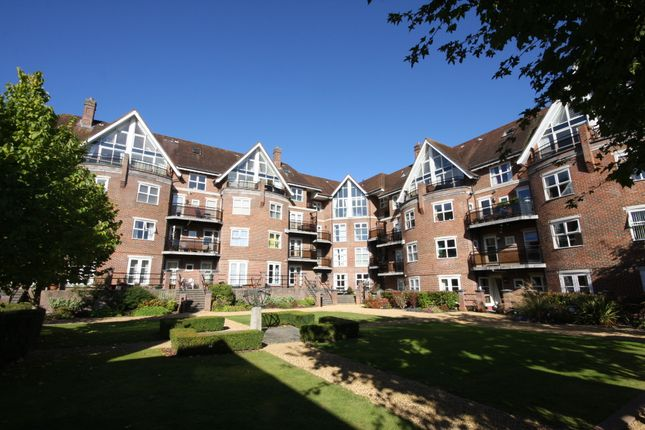 Thumbnail Flat to rent in Marston Gate, Winchester