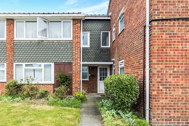 Thumbnail Flat for sale in Bellegrove Road, Welling