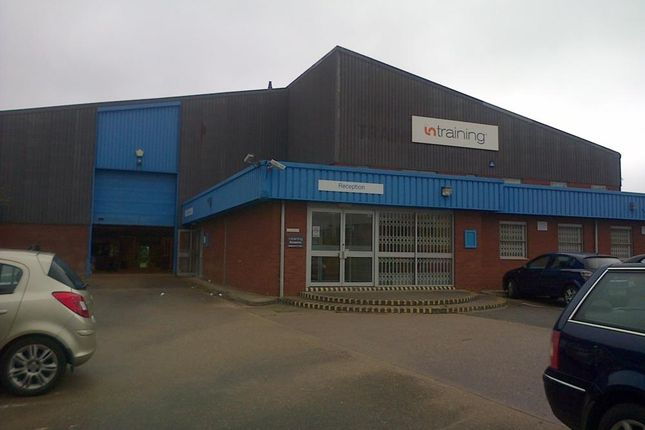 Industrial to let in Unit Linkmel Close, Queens Drive Industrial Estate, Nottingham