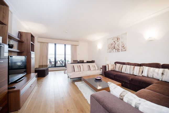 Flat to rent in Point West, South Kensington