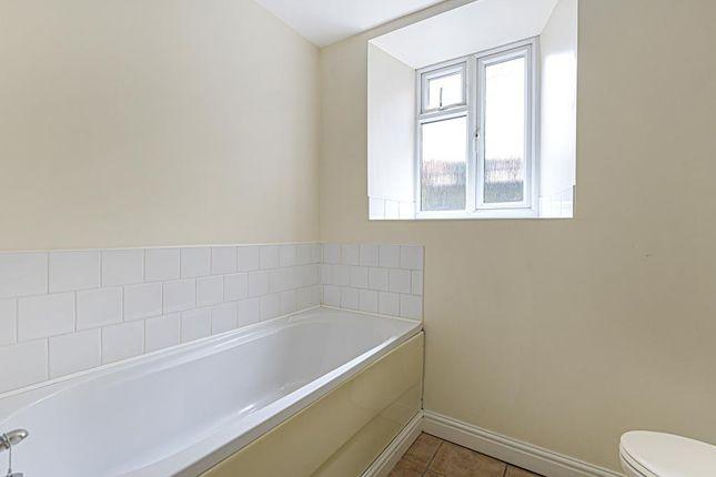 Bathroom of Broad Street, Hay-On-Wye, Hereford HR3