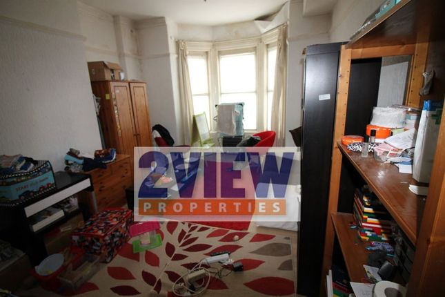 1 bed flat to rent in - Woodsley Road, Leeds, West Yorkshire