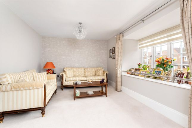 Picture No. 28 of Priest Hill Close, Epsom, Surrey KT17