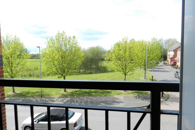 2 bed flat to rent in Capercaillie Drive, Cannock WS11