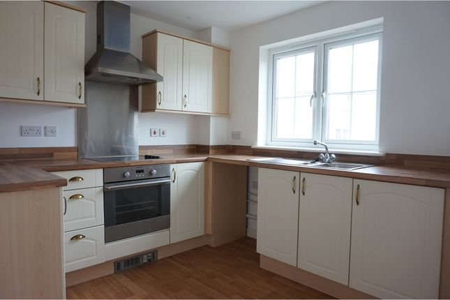 2 bed flat for sale in Six Mills Avenue, Gorseinon