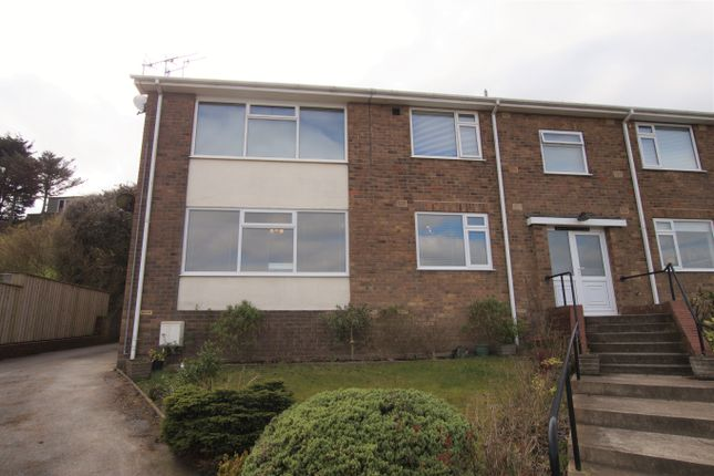 2 bed flat to rent in Sea View Court, Sea View Drive, Scarborough YO11
