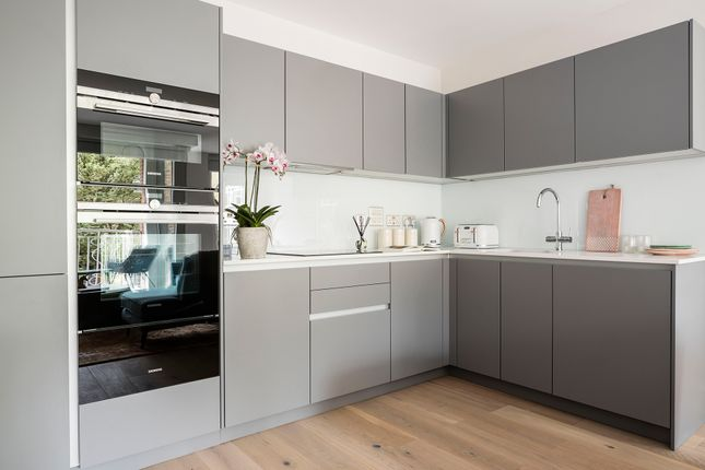 Thumbnail 3 bed flat for sale in 25-27 Harper Road, Borough
