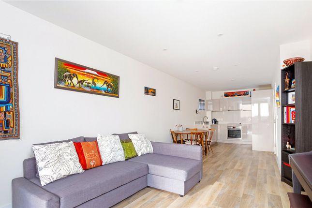 Picture 2 of Corio House, 12 The Grange, London SE1