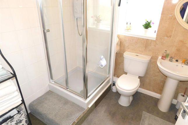 Shower Room of De-La-Bere Avenue, Sutton-On-Sea, Lincolnshire. LN12