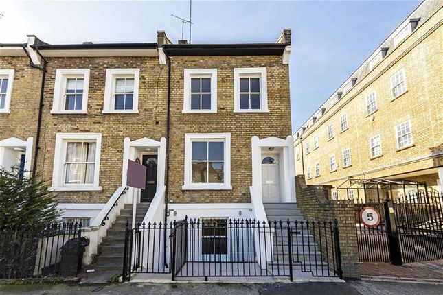 3 bed flat for sale in Southcombe Street, London