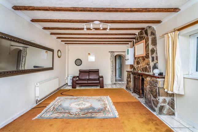Living Room of Castle Street, Loughor, Swansea SA4