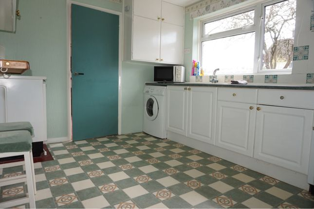 Kitchen of Hollybush Lane, Hemel Hempstead HP1
