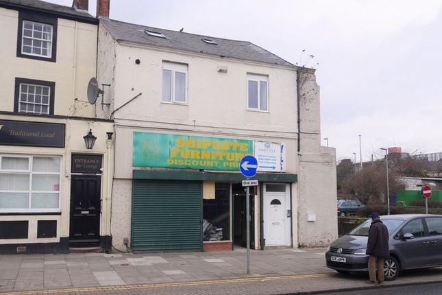 Retail premises to let in High Street, Gateshead