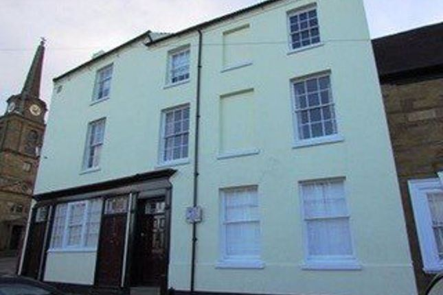 Thumbnail Room to rent in Market Square, Daventry