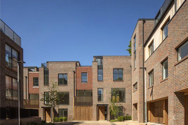 Thumbnail End terrace house for sale in Woodside Square, Woodside Avenue, London