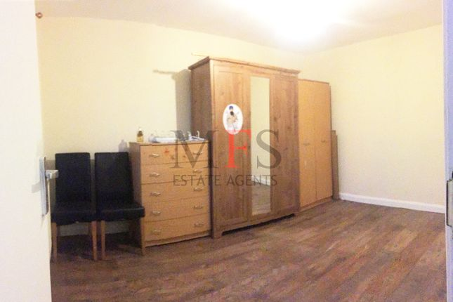 Thumbnail Flat to rent in Raleigh Road, Southall