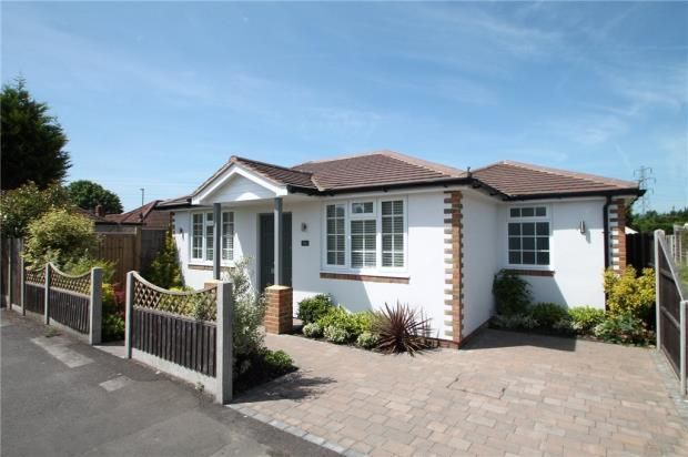 Thumbnail Detached bungalow for sale in Woodthorpe Road, Ashford, Middlesex