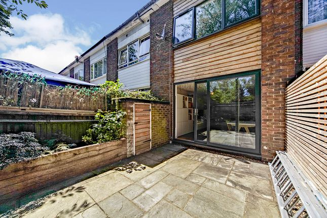2 bed terraced house for sale in Vineyard Close, London SE6