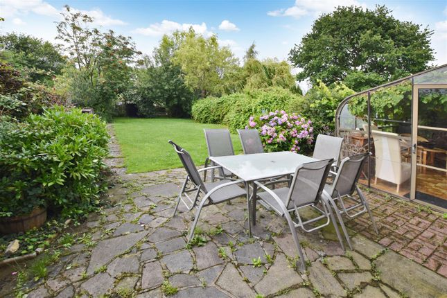 Thumbnail Semi-detached house for sale in Three Gates Close, Halstead