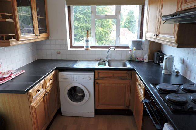 Thumbnail Semi-detached house to rent in Whitelands Road, High Wycombe