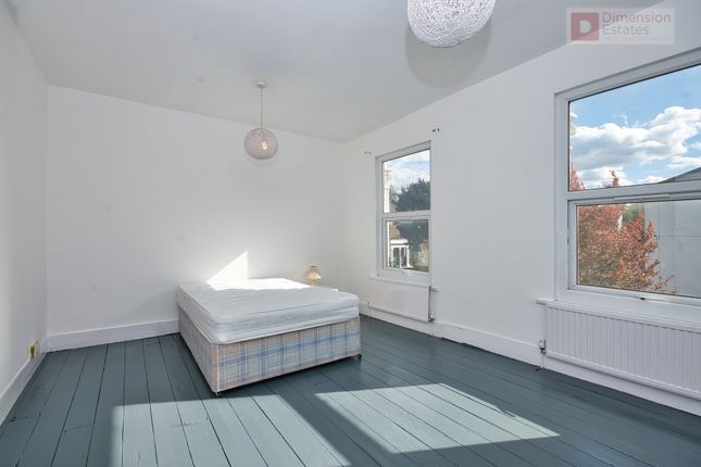 Thumbnail Terraced house to rent in Lothair Road South, Finsbury Park, Manor House, London