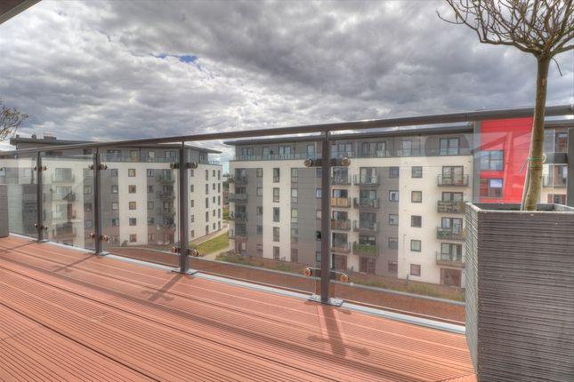 Balcony2 of Centenary Plaza, Southampton SO19