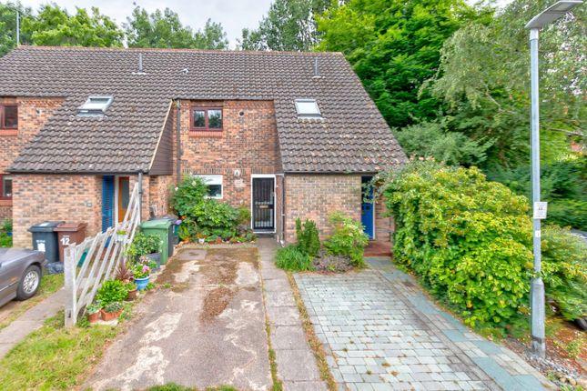 Thumbnail Flat for sale in The Berries, Sandridge, St. Albans, Hertfordshire