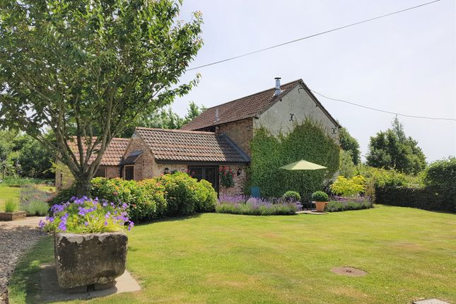 Thumbnail Detached house for sale in Spirthill, Calne