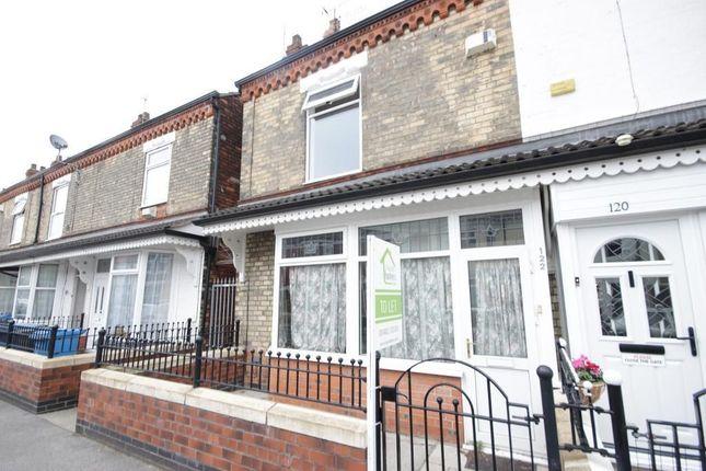 Thumbnail Terraced house for sale in De La Pole Avenue, Hull
