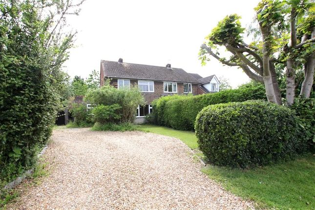 3 bed semi-detached house to rent in Bridle Path, Woodcote, Reading