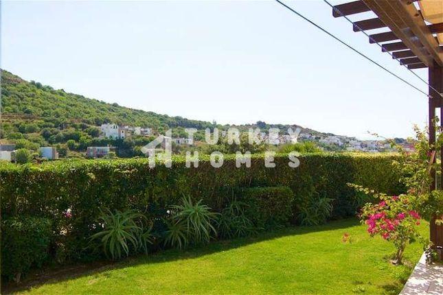 Sea View Villa - Gumusluk, Bodrum - Well-Tended Gardens