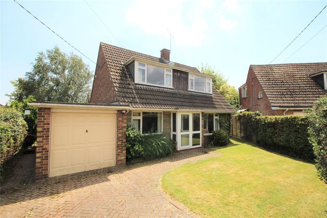 Thumbnail Detached house to rent in Maddoxford Lane, Botley, Hampshire