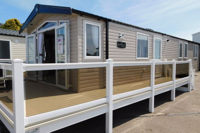Mobile/park home for sale in North Drive, Great Yarmouth Holiday Park