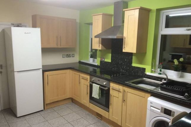 Thumbnail Shared accommodation to rent in Eclipse Street, Cardiff, Cardiff